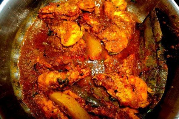 Pachila kadali bararipe banana fritters chingudiprawn curry thecheapjerseys Choice Image